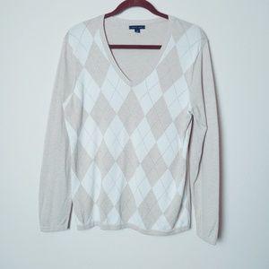 Tommy Hilfiger Argyle V-Neck Sweater. Size large